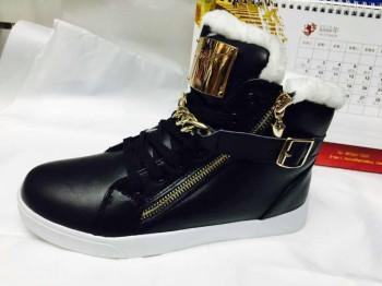 Обувь оптом по низким ценам - kAQQJeBRl78.jpg